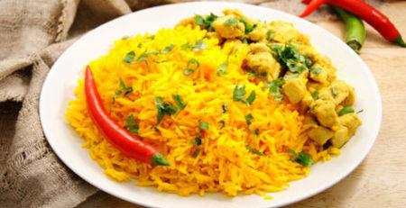 Рис з каррі і куркою