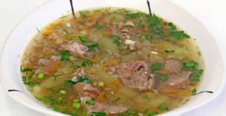 Гречаний суп з м'ясом