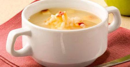 Суп з яблука і рису для дітей